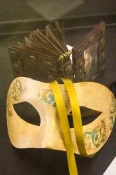 Mask Book - Dotti Cichon