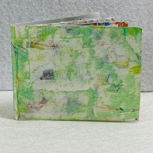 Lardie-Minibook-one-page-book-view-1