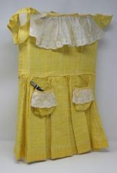 Bernadette Castor - Girl In Yellow Dress 2014