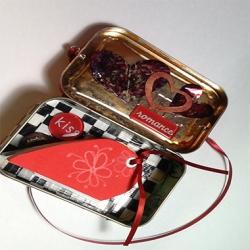 Ruth Dailey - Heart book with Tin
